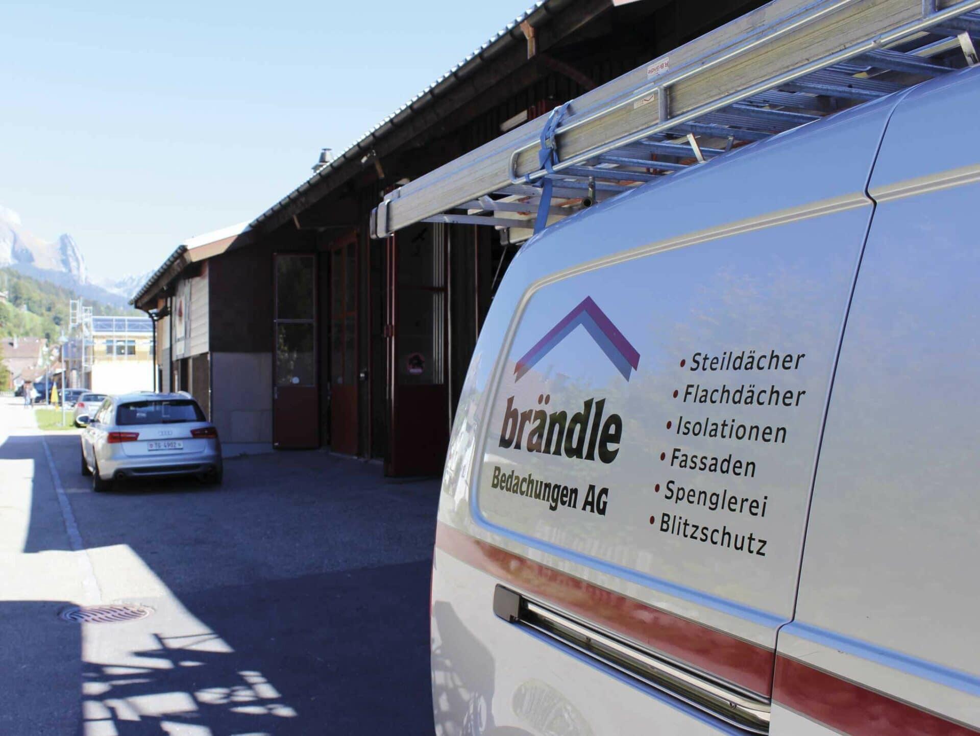 SPEZIALIST FÜR ARBEITEN RUND UM DIE GEBÄUDEHÜLLE:Die Firma Brändle aus Alt St. Johann im Obertoggenburg: