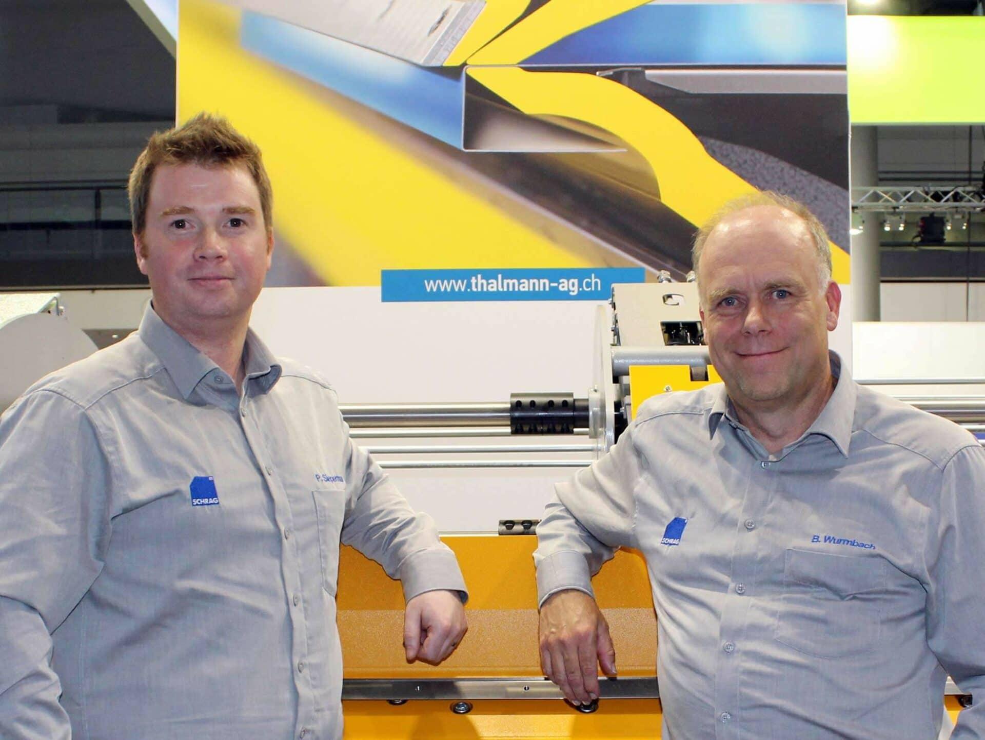 BEGEISTERT VOM TD DOPPELBIEGER:Pascal Siepermann (Betriebsleiter) und Bernd Wurmbach (Technischer Leiter) statteten der THALMANN Maschinenbau AG auf der Blechexpo 2019 einen Besuch ab.